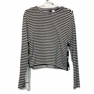 H&M striped long sleeve cropped divided tee